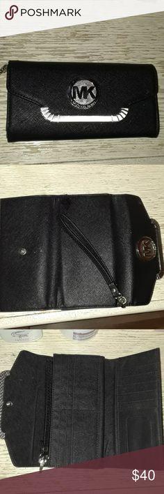 Michael Kors Wallet Black MK wallet . Michael Kors Bags Wallets