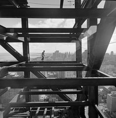 Ezra Stoller // John Hancock Chicago construction, Skidmore Owings & Merrill, Chicago, IL / 1967 John Hancock Tower, John Hancock Center, Frank Lloyd Wright, Architecture Photo, Vintage Photographs, Weed, Gallery, White Photography, Cityscape Photography