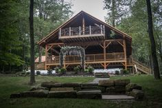 The Grand Barn - Treehouse Honeymoon Suite, OH