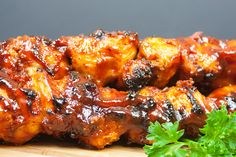 Bacon Paste BBQ Chicken Kebabs - These are not your average barbecue chicken kebabs. This is a bacon lover's dream come true! Smoked Wings, Smoked Chicken Wings, Barbecue Chicken, Bbq Pork, Grilled Chicken Recipes, Chicken Wing Recipes, Baked Chicken, Chicken Rub, Crusted Chicken