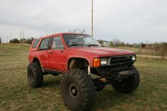 Low riding toyota pics - Pirate4x4.Com : 4x4 and Off-Road Forum