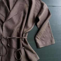 Impress *Everyone* With This DIY Sewn Linen Jacket | Brit + Co