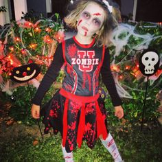 La evolucin de disfraces de halloween en 100 aos zombie zombie cheerleader solutioingenieria Gallery