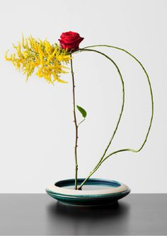 Whispering Flowers<br>Ikebana