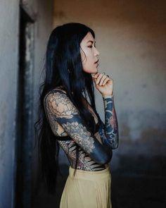 The Herrenzimmer - yakuza tattoo - Best Tattoo Ideas Tattoo Girls, Body Tattoo For Girl, Full Body Tattoo, Girl Body, Body Art Tattoos, Girl Tattoos, Tattoos For Women, Tatoos, Tattoo Art