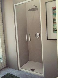 Cabina doccia Strada S 80 cm con piatto doccia Strada 80x80 cm Soffione idealrain Luxe e miscelatore incasso doccia Giò.