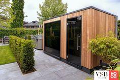 Outdoor sauna by VSB Wellness Home Spa Room, Spa Rooms, Outdoor Sauna, Outdoor Decor, Sauna Shower, Sauna House, Dry Sauna, Sauna Steam Room, Sauna Design