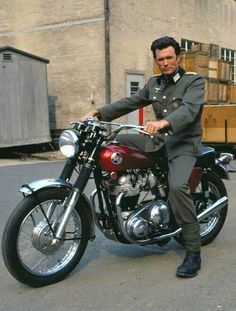 Clint Eastwood on his Triumph motorcycle on the set of Where Eagles Dare, Clint Eastwood. In a Nazi uniform. On a Triumph. British Motorcycles, Cool Motorcycles, Vintage Motorcycles, Clint Eastwood, Motos Vintage, Vintage Bikes, Harley Davidson, Norton Motorcycle, Motorcycle Types