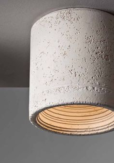 Carso 982 ceiling tube by Toscot Carso is a ceiling tube-spot made in Italy and made of italian terracotta . The product is unique, because of the unique of the terracotta material. But also the colors are special - there is a mint. Led Pendant Lights, Pendant Lamp, Coral Orange, Mint Green, Led Ceiling, Downlights, Decoration, Different Colors, Wall Lights