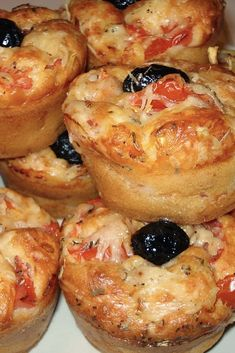 Discover recipes, home ideas, style inspiration and other ideas to try. Savory Muffins, Healthy Muffins, Mini Muffins, Healthy Protein Breakfast, Savory Breakfast, Tart Recipes, Muffin Recipes, Tomato Tart Recipe, Holiday Party Appetizers