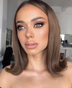 30 Attractive Natural Makeup Ideas For Your Fall Daily Makeup -Beauty makeup looks ideas for prom to make you stand out from the prom, natural makeup looks, Fall makeup ideas, Sexy makeup ideas, eyeshadow makeup ideas Glam Makeup, Eyeshadow Makeup, Bridal Makeup, Yellow Eyeshadow, Eyeshadow Palette, Sexy Makeup, Morphe Eyeshadow, Simple Eyeshadow, Neutral Makeup