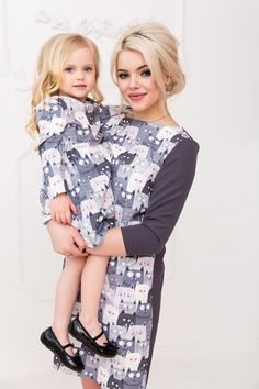 Mother Daughter Dresses Matching, Mother Daughters, Family Posing, Family Portraits, Mother Daughter Photography, Sibling Poses, Couple Shoot, Beautiful Children, Family Pictures