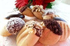Haşhaşlı Kurabiye Acai Bowl, Camembert Cheese, Cookies, Breakfast, Food, Acai Berry Bowl, Crack Crackers, Morning Coffee, Biscuits