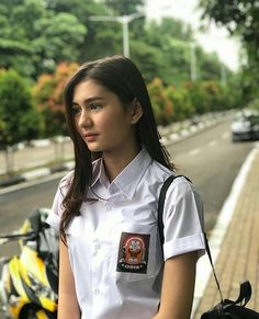 Hot Sexy Asia: Hot Sexy Asia Seksi Indonesia Girls Anak Sekolah Part 1 Indonesian Women, Cold Girl, School Girl Japan, Mode Blog, Poker Online, Cute Girl Outfits, Girl Swag, Beautiful Asian Women, College Girls