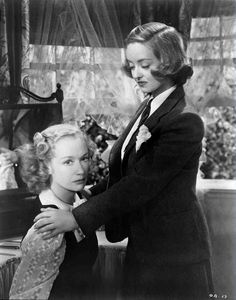 """lanky-brunettes-with-wicked-jaws: """" Miriam Hopkins & Bette Davis//Old Acquaintance (1943) """""""