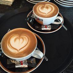 Doppelherz - doppelter Genuss ;-) #latteart