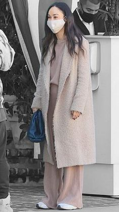 Cara Santana in Los Angeles, California on Wednesday 11/11/2020 #VeronicaTasmania Mena Suvari, Airport Style, Tasmania, Off Duty, Veronica, Color Splash, Wednesday, Product Description, California