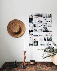 Mini Foto Collage im leeren Flur aufhängen