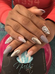 Acrylic nails, nails art, silver nails