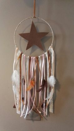 Dreamcatchers, How To Make Money, Party Ideas, Crochet, Pretty, Crafts, Life, Hand Crafts, Feather Headdress