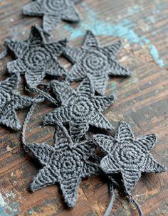 Crochet Garland - Wall Hanging - Small Bunting - Stars garland - charcoal. $25,00, via Etsy.