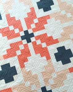 Fun square quilting pattern. It looks like you need to break the thread, but looking closely you can see it's continuous.