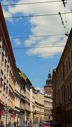 https://flic.kr/p/HRpJ34 | SAM_3583 | A narrow #street of #Krakow in #Poland