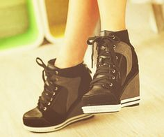 heel wedge tennis shoes, tried a pair on at Kohls and want some now! nike shoes More Sneaker Heels, Wedge Sneakers, Black Sneakers, Sneakers Nike, Dream Shoes, Crazy Shoes, Cute Shoes, Me Too Shoes, Trendy Shoes
