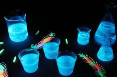 Is there anything that spells party more than glow-in-the-dark jello shots? When lit up by a black light in the dark, these spooky shots look like a mad scientist whipped them up in a laboratory. You might think that this requires some spooky alchemy, but the secret ingredient is so simple and easy: tonic water, which contains quinine that lights up under UV light.