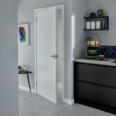 The Pre-finished Dordogne smooth door has a superior finish which saves on finishing time and is perfect for both classic and modern homes. Visit your local Howdens to see more. - April 18 2019 at Internal Doors Modern, Modern Entry Door, Internal Wooden Doors, Wooden Front Doors, Mdf Doors, Wood Doors, Barn Doors, Entry Doors, Primed Doors