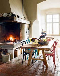 Königliche Tafelrunde... Facon, Decoration, Black House, Dining Table, Inspiration, Furniture, Home Decor, Comme, Romance