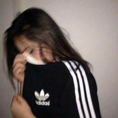 adidas, girl, and black Bild Aesthetic Photo, Aesthetic Girl, Adidas Tumblr, Tmblr Girl, Mode Adidas, Insta Photo Ideas, Tumblr Photography, Running Women, Running Girls