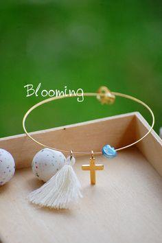 Μαρτυρικα βαπτισης βραχιολια - Blooming Stud Earrings, Jewelry, Fashion, Moda, Jewlery, Jewerly, Fashion Styles, Stud Earring, Schmuck