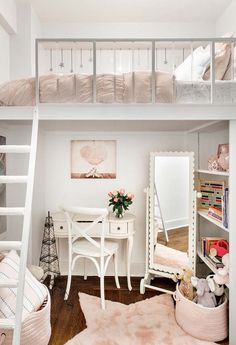 Stylish Bedroom Ideas For Small Rooms Some fantastic tips for making the most of a small bedroom! A good mix of both stylish and practical… and I really want the rose gold trunks shown. Small Apartment Bedrooms, Apartment Bedroom Decor, Small Room Bedroom, Bedroom Loft, Kids Bedroom, Rustic Apartment, Loft Room, Very Small Bedroom, Mezzanine Bedroom