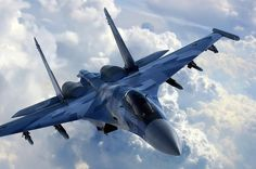 Jet fighter in the air Sukhoi Su 35, Us Military Aircraft, Military Jets, Bomber Plane, Jet Plane, Air Fighter, Fighter Jets, Russian Air Force, Aircraft Pictures