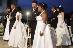 Estádio Mané Garrincha será palco da 100 casamentos neste sábado - http://noticiasembrasilia.com.br/noticias-distrito-federal-cidade-brasilia/2014/07/26/estadio-mane-garrincha-sera-palco-da-100-casamentos-neste-sabado/