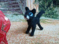 Needle felted animal cat  tiny felted miniature  felt di MondoTSK