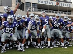 K-State Football is the BEST!! They are so good looking!! Lol