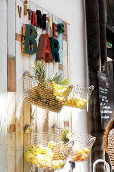 JOELIX.com   Vitamines Bar at Merci Paris