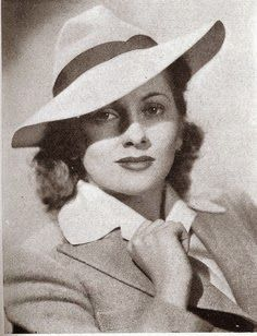 La Sombrerera de Lady Marlo: Joan Fontaine con sombrero. Joan Fontaine with hats