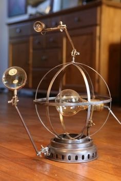Création lampe récup unique esprit Jules Verne, Steampunk, sphère armillaire
