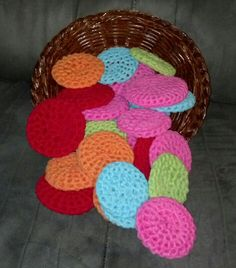 Crochet scrubby made with tulle.