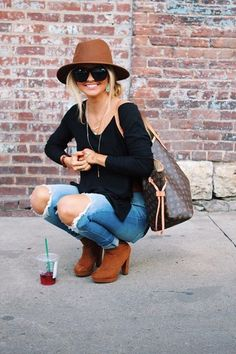 Street style from nashville blogger Instagram @SheaLeighMills || spring & summer style with ripped jeans and hat