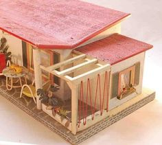 Doll houses 50s