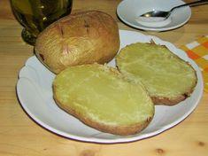 Patate+al+forno+intere+con+la+buccia