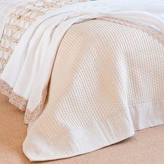 SILK DECORATIVE QUILT WITH A LINEN BORDER - Quilts - Bedroom   Zara Home Croatia