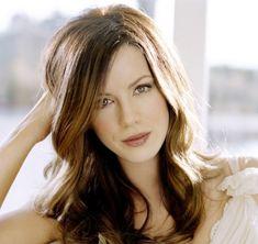Kate Beckinsale is so pretty  :)