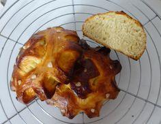 Pain au beurre  :Le pain au beurre martiniquais est une sorte de brioche que l'on déguste à chaque grande occasion aux Antilles (mariage, communion, baptême etc… ) et servie avec du chocolat chaud