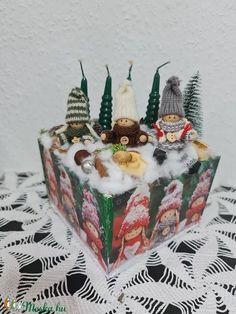 Manós asztaldísz adventi gyertyákkal (tamasszabina0708) - Meska.hu Advent Candles, Xmas Decorations, Christmas Ornaments, Holiday Decor, Diy, Home Decor, Decoration Home, Bricolage, Room Decor