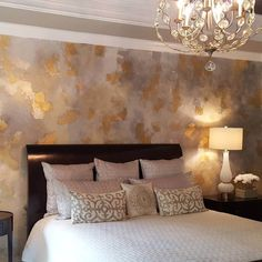 If you are wondering about the best wall painting ideas for bedroom then here are some of them listed. Get the best ways of bedroom paint ideas from the article. wall paint ideas Bedroom Transformation With Wall Painting Ideas For Bedroom Faux Painting Walls, Faux Walls, Textured Walls, Painting On Wall, Sponge Painting Walls, Bedroom Workspace, Bedroom Wall, Bedroom Decor, Bedroom Ideas